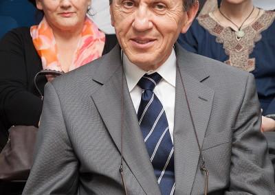 prof. dr. Milan Čerček, ustanovni vodja SFA, v ozadju Uršula Turšič in Marja Mali